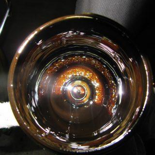 Kupferfarbene Spähne im Ölfiltergehäuse