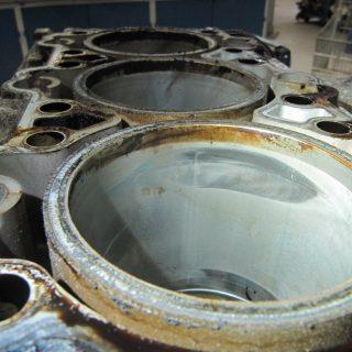 deformierter Zylinder - 997 3,8